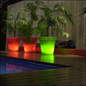 Pots lumineux bord piscine