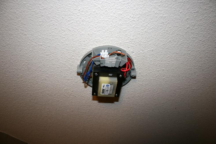 Fixer luminaire plafond sans percer beautiful suspension - Fixer luminaire plafond sans percer ...