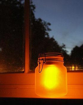 fabriquer un pot solaire lumineux sunjar blog conseils. Black Bedroom Furniture Sets. Home Design Ideas