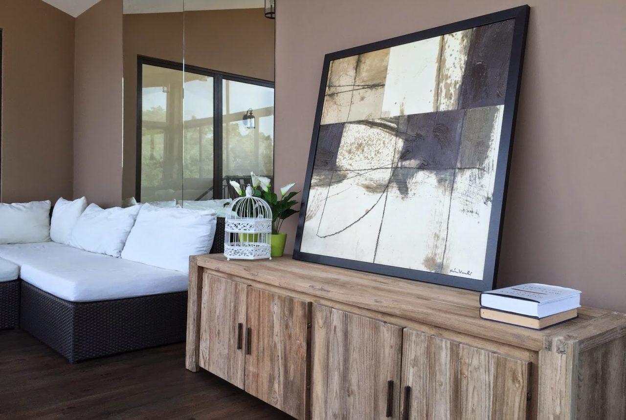 un meuble comment peindre un meuble oorekafr with un meuble fabulous un meuble with un meuble. Black Bedroom Furniture Sets. Home Design Ideas