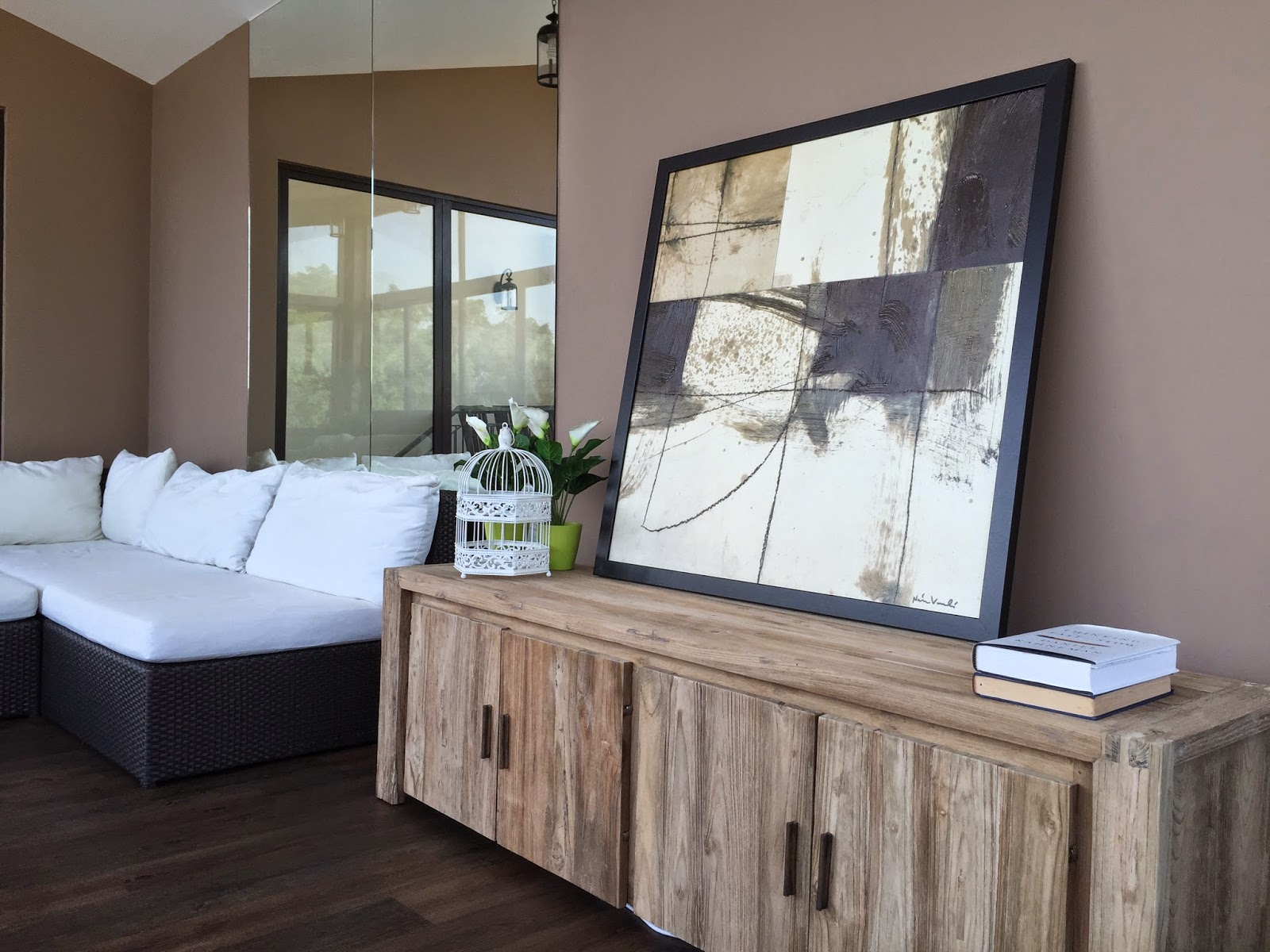 comment teindre un meuble en bois forumbrico. Black Bedroom Furniture Sets. Home Design Ideas