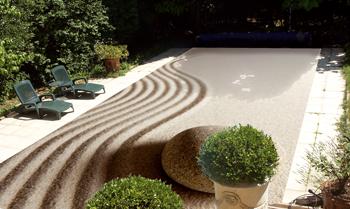 Couverture de piscine décorée