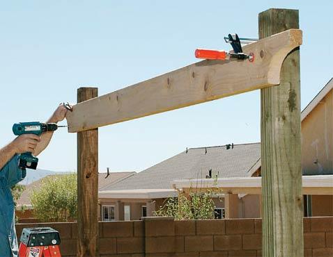 Construire une pergola conseils et astuces bricolage d coration maison Faire une pergola en bois