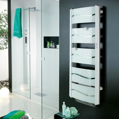 les radiateurs s che serviettes avantages et inconv nients blog conseils astuces bricolage. Black Bedroom Furniture Sets. Home Design Ideas