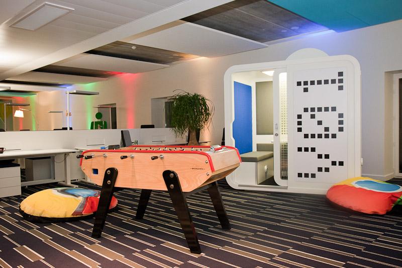 d couvrez les nouveaux locaux de google france blog conseils astuces bricolage d coration. Black Bedroom Furniture Sets. Home Design Ideas
