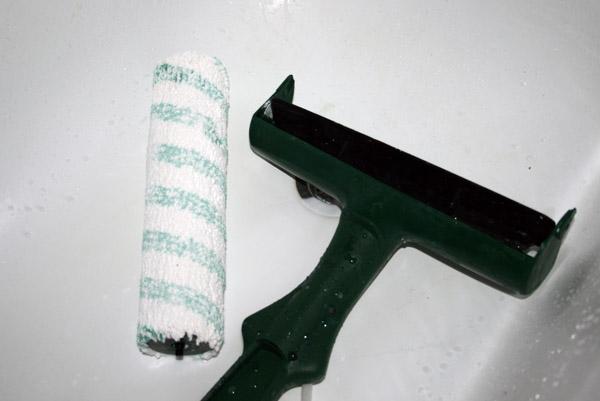 Nettoyer rouleau à peinture