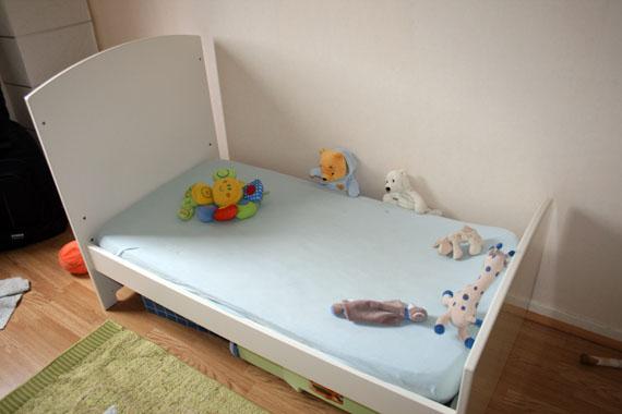 Lit bébé évolutif position enfant Sauthon