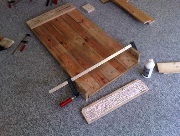 Fixer-table-basse-palette