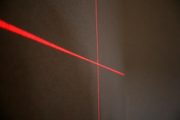 Croix laser niveau Quigo