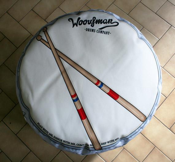 Pouf-Woouf-Drums