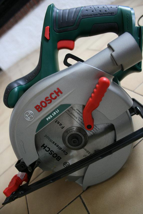 Scie-circulaire-sans-fil-bosch-PKS-18-LI