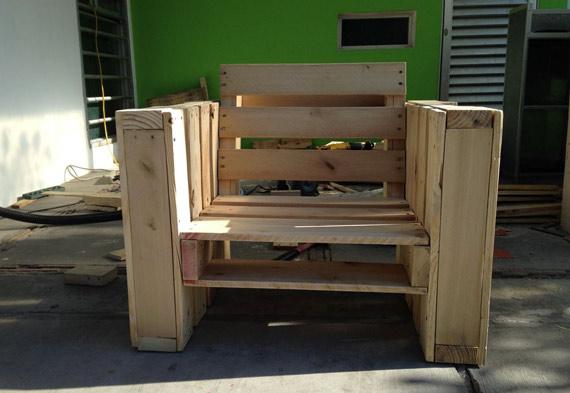 chaise-fauteuil-en-palettes-010