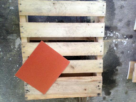chaise-fauteuil-en-palettes-06