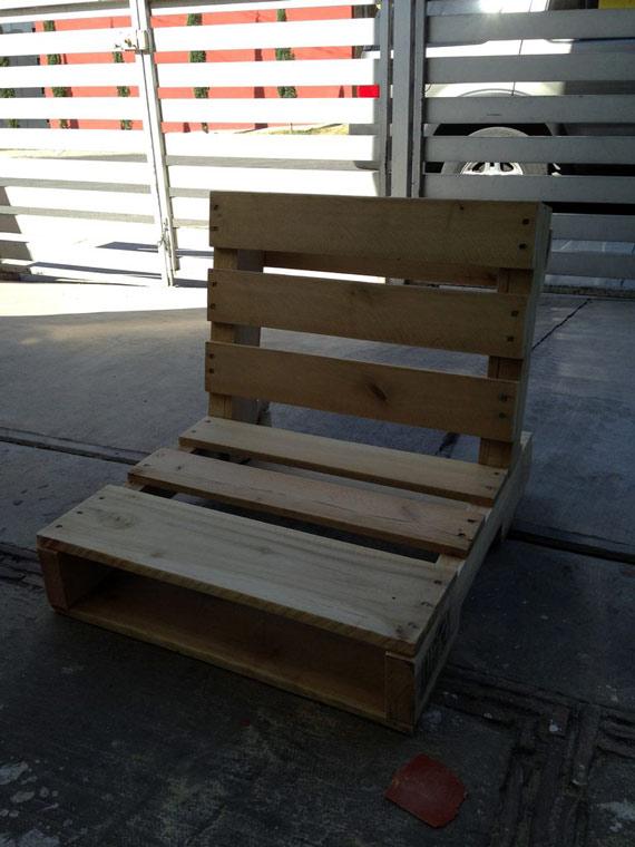 fabriquer une chaise avec des palettes forumbrico. Black Bedroom Furniture Sets. Home Design Ideas