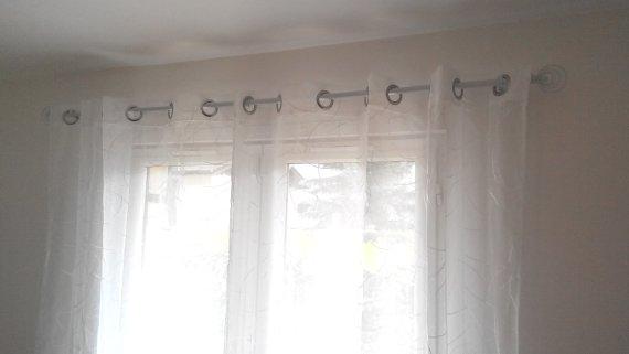 Comment installer une barre de rideaux