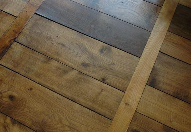 les motifs de parquet bois conseils et astuces bricolage With parquet en echelle