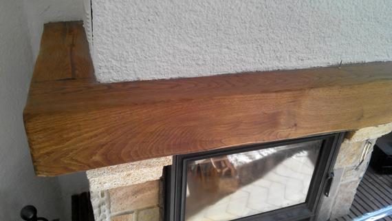 repeindre-poutre-bois-cheminée