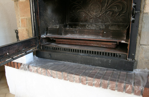 entretien-fonte-insert-cheminee-poele-fonte