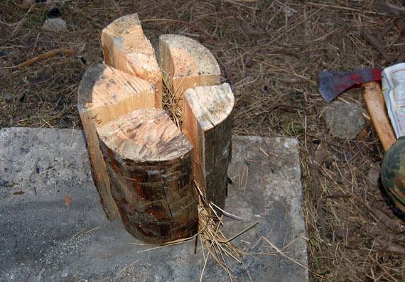 fabriquer-torche-suedoise-buche