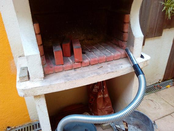 reparer-fissure-barbecue-pierre