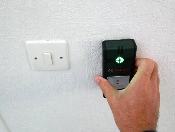 detecteur-cables-electriques-mur-bosch-truvo