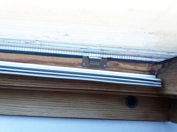 declipser-rails-glissieres-stores-interieur-fenetres-03