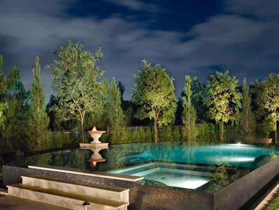 lumieres-autour-piscine
