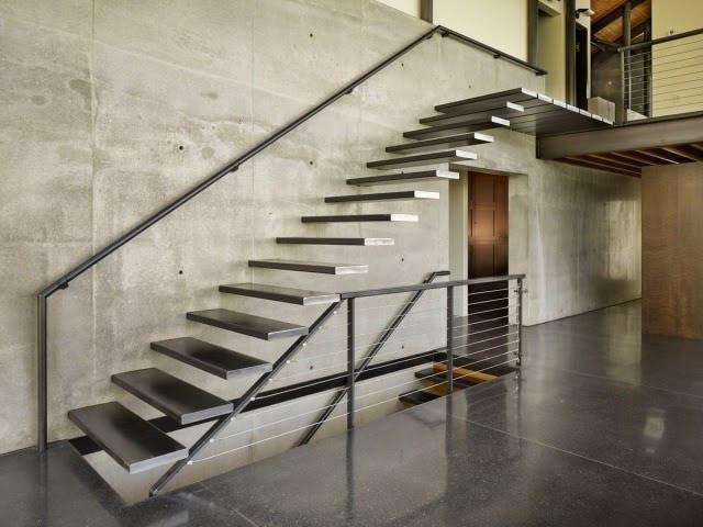 Escaliers-suspendus