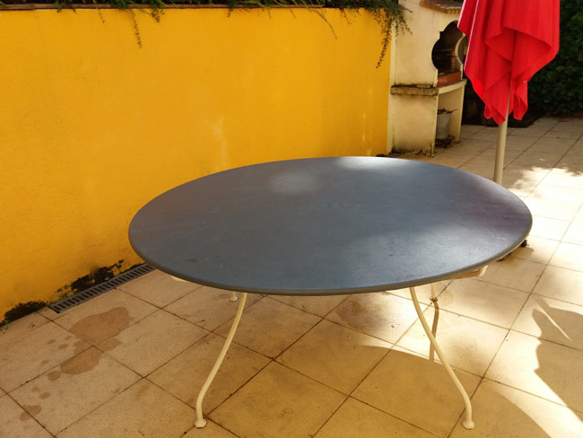 Peindre-table-metal-rouille-fer