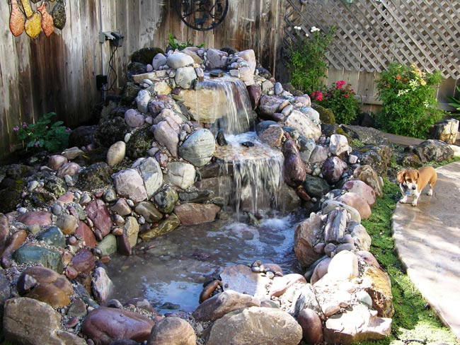 Fontaine-de-jardin-bac