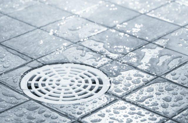 deboucher douche efficacement