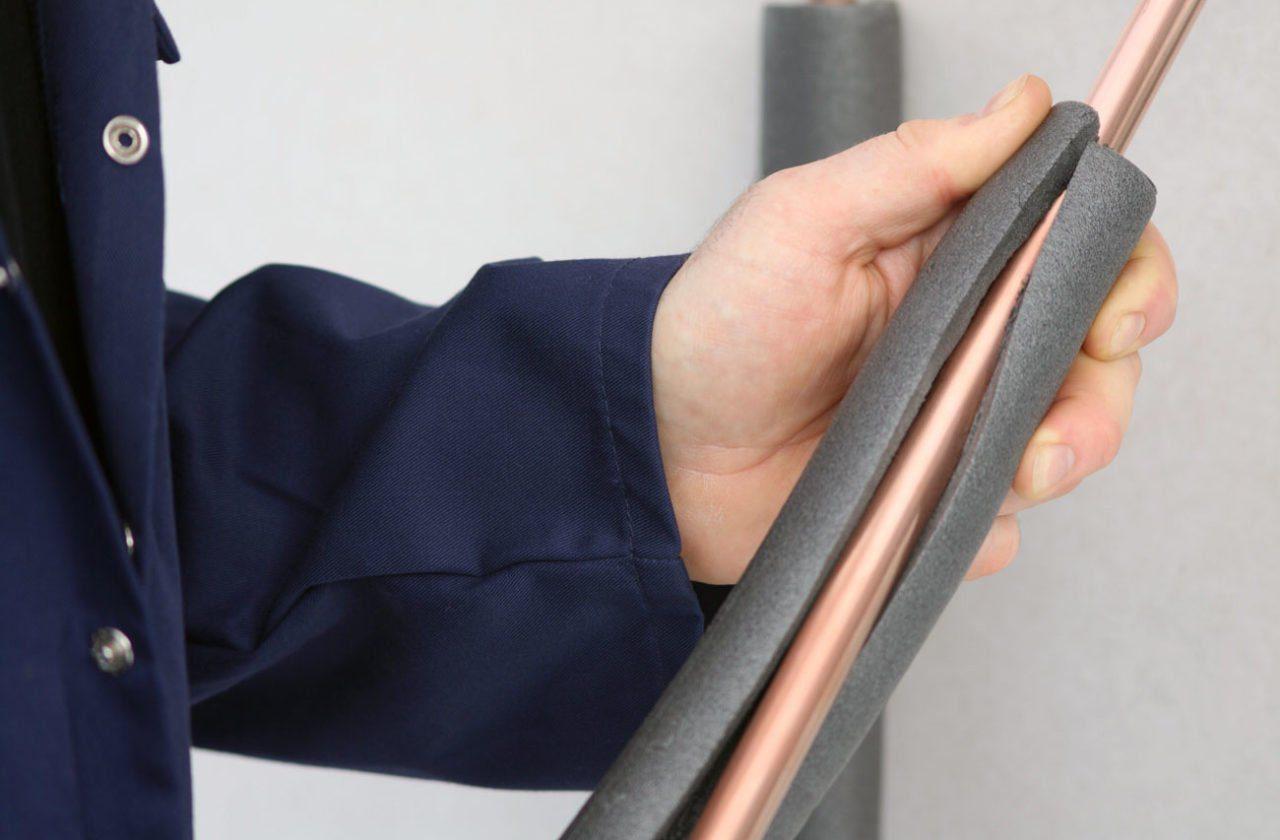 calorifugeage-isolation-des-tuyaux-d'eau-chaude