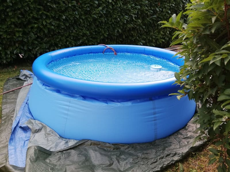Comment monter une piscine autoportante gonflable