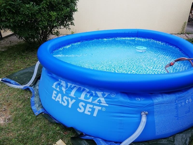 Montage piscine gonflable intex