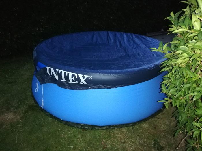 bache-piscine-autoportee-intex-avis
