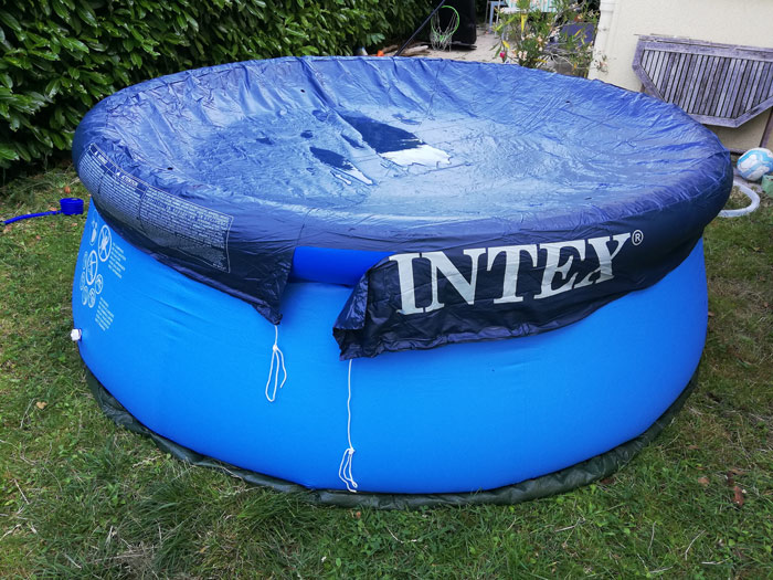 bache-piscine-autostable-intex-avis